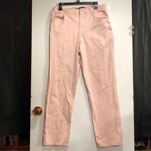 Gloria Vanderbilt Amanda Jeans in lt. salmon SZ 12